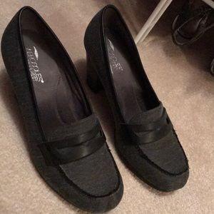 Aerosoles size 9.5M heels